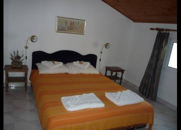 Self catering apartment Budva