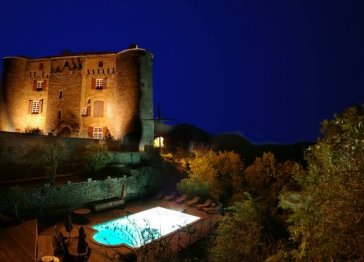 Medieval castle with pool for 27 people