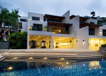 Phuket Ocean View 2-bed apartment 215m2