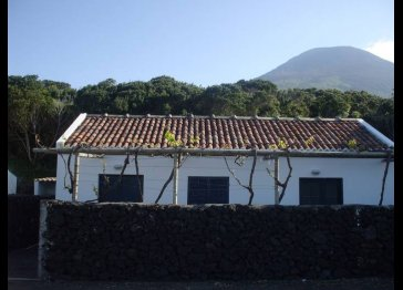 Retreat of Goats, YOUR HOLIDAY HOME IN PICO ISLAND - AZORES