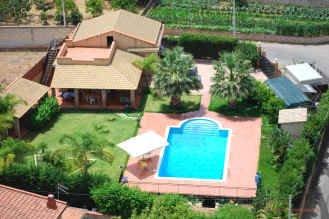 Villa Oliveri