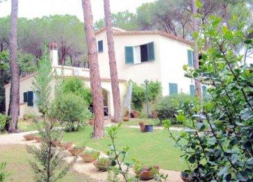 Sardinia, villa at 200 m from the beach