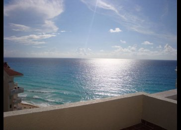 Romantic Penthouse Studio Ocean/Lagoon Views -CANCUN